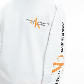 Calvin Klein CK Urban Graphic Logo Sweater Wit J30J318307-YAF close-up