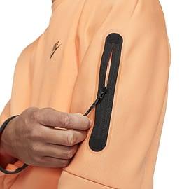 Nike Tech Fleece Sweater Oranje CU4505-835 close-up